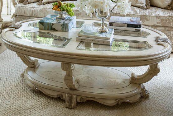 Platine De Royale Oval Cocktail Table