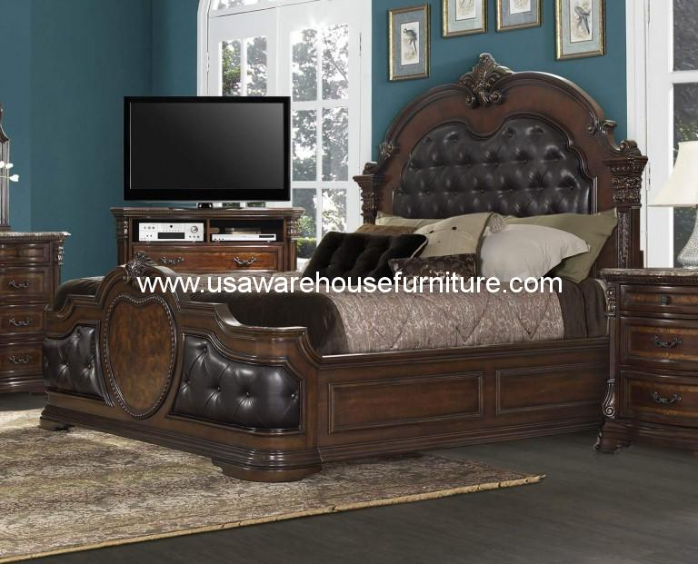 Antoinetta Leather Tufted Bed