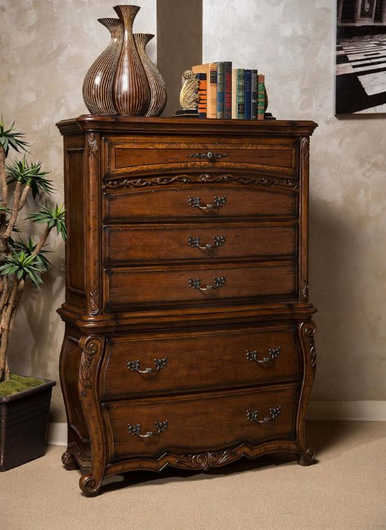 La Bourges Six Drawer Chest